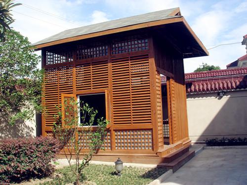日式木结构木屋